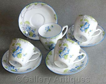 Four Vintage Art Deco Wellington China J H Cope & Co Floral Decorated Tea Cups and Saucers Pattern No 5883 c.1930's (ref: GY220808)