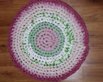 "22"" Round Rag Rug in Shades of Mauves,  White , & Apple Greens"