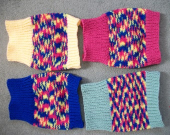 """XSmall Dog/Cat Coat/Jumper/Sweater Blue,Green,Pink & Yellow with Random colours,pink,blue,yellow,green, Hand Knitted,8"""","""