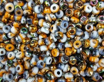 6/0 Japanese/Czech Unions 6/0 Japanese Seed Beads - White Opaque Funky Copper  06-402-95301 - 20 grams