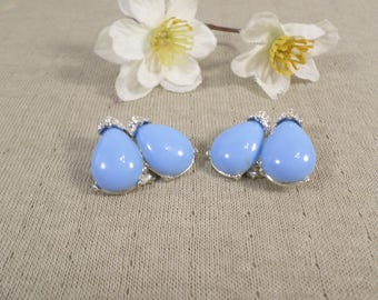 Vintage Silver Tone Turquoise Color Lucite Bead Clip On Earrings With Rhinestone DL# 3077