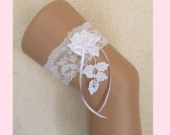 White lace wedding garter * Rosebud * custom