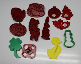 Set of 12 Assorted Plastic Cookie Cutters