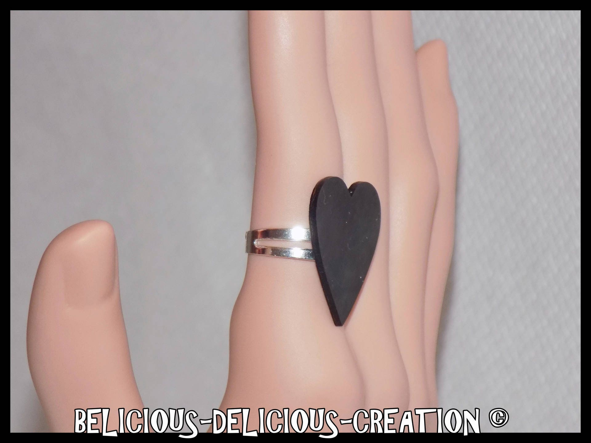 Original ring! NIGHT HEART! Black Heart plastic 2.3 cm x 2.1 cm ...