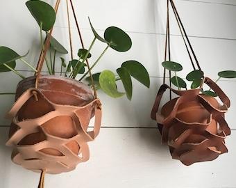 Veg tanned leather hanger (light)