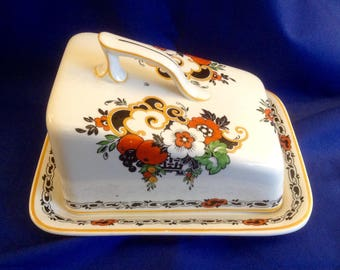 Vintage Cheese/Butter Dish by Whieldon Ware. Hadfield Pattern. (F. Winkle & Co. Ltd, Stoke-on-Trent, Staffordshire). Early 1900's.