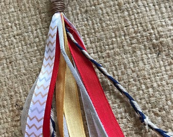 Tassel keychain - red and golds