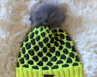 Two-Color Knit Hat