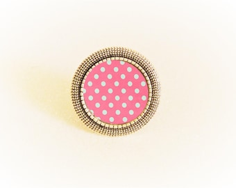 Adjustable silver ring and cabochon pink dots