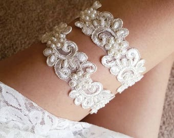 Ivory and champagne gold wedding garter, wedding garter set, pearl lace garter, ivory lace garter, bridal garter ivory, wedding garter ivory