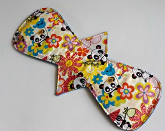 Reusable Cloth Pad/Heavy/14.25 inch-Classic Shape/Panda