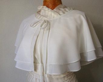 Wedding Cape, White Wedding Capelet, Bridal Cape, Bridal Cover Up, Dress Cover Up, Wedding Wraps, Bridal Capelet, Cape Mariage, Evening Cape