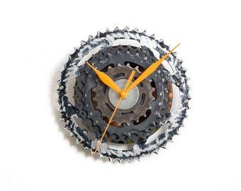 Boyfriend Gift, Bike Wall Clock, Husband Gift, Cyclist Gift, Dad Gift, Small Wall Clock, Small Wall Clock, Unique Wall Clock, Metal Clock