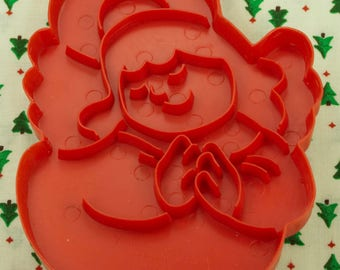 1978 Wilton Red Christmas Angel Plastic Imprint Cookie Cutter Hong Kong