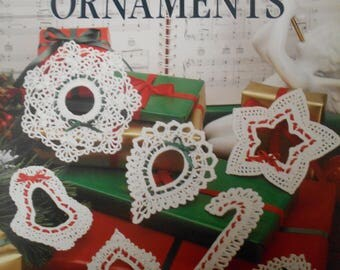 Lacy Christmas Ornaments, Leisure Arts, Pattern Leaflet #896, 1990