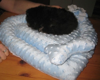 Cozy Teacups Puppy Bed or Little Cats Bed