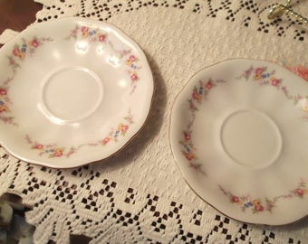 VINTAGE...1950s....KAROLINA....Made in POLAND...Replacement Saucer....White with Floral Accents...Scalloped Edges...Set of 2....Gold Trimmed