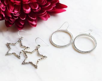 large star earrings, silver star earrings, star dangle earrings, silver dangle earrings, 90s jewelry, 90s fashion