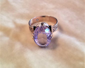 10K Gold Ring with Large Amethyst Stone