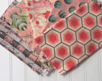 """Tula Pink Fat Quarter bundle of 5 from the """"Bumble""""  Collection"""