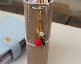 Red Winter Berry -traveler's notebook charm