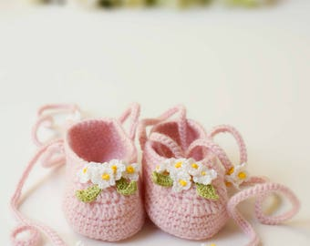 Yellow Periwinkle Baby Booties Shoes