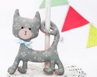 Grey Floral Rattling Curly Cat / Rattle / Stuffed Cat / Stuffed Animal Sewed of Premium Quality Fabric / Soft Toy