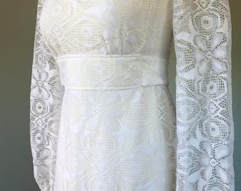 Vintage 1960s White Lace Boho Hippie Wedding Dress by Roberta California Goddess Maxi Gown XS