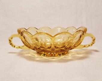 AMBER FAIRFIELD NAPPY Candy Dish Bowl Serving Anchor Hocking 2 Handles Scalloped Star Bottom Honey Vintage Retro