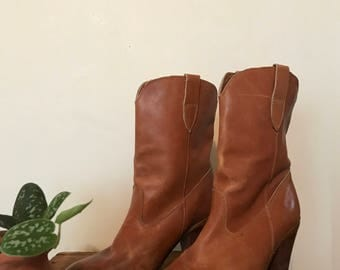 Montgomery Ward Tan Leather High Heel Cowboy Boots Size 7