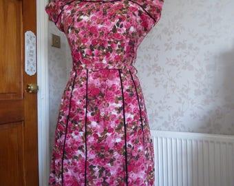 Gorgeous cotton 50s rose print dress 'Cotton City Casuals Mar-Faer Fashions'