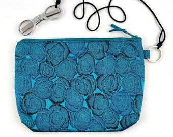 HiyaHiya Accessory Case Kit, SlipNSnip Scissors Chrome Needlepoint Blade Scissors tied to a Blue Brocade Knitters Notion Bag, 2 Piece Kit