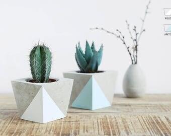 Flower pot made of concrete