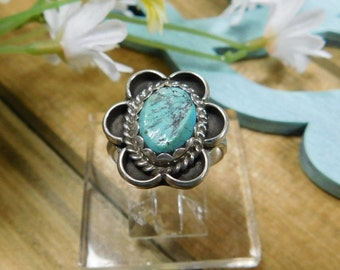 Ladies Silver Turquoise Flower Ring Size 6 3/4