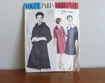 60s Pattern - Jean Desses - Kimono Sleeve Coat - Vogue Paris Original Printed 1117 - Vintage 1960s Sewing Pattern - Size 12 - 32-25-34