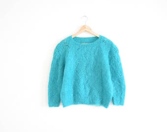 MOHAIR BOXY SWEATER || size womens medium || 80s || pullover || teal || fuzzy || cozy || bright || cozy || blue-green || preppy || vintage!