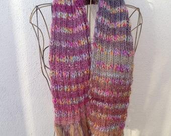 17008 - Handknit scarf