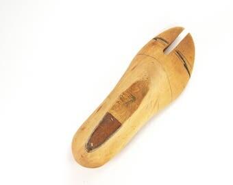Vintage shoemaker form, cobbler mold, Vintage Wooden Shoe Form, Vintage Wooden Shoe Last, Vintage Cobbler Tool, paperweight, shoe last,