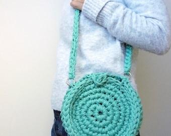 Crocheted circle bag, cross body bag, small circular handbag, eco everyday bag, knitted disc bag, shoulder bag, mint green bag, clutch bag