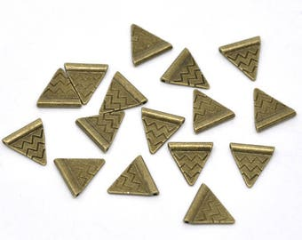 15 loops/beads in the shape of Triangle 14mm Bronze color
