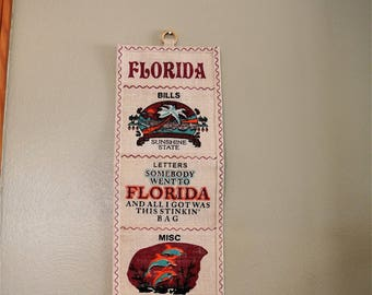 Vintage Florida Burlap Souvenir Organizer/Wall Hanging/Kitschy