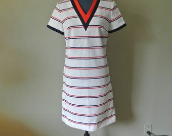 Vintage 70s Short Sleeve Bleeker Street Dress