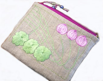 "Pouch in linen, Art Nouveau pattern, ""lotus"" hand embroidery"
