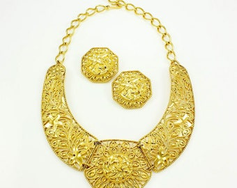 Vintage JOSE BARRERA Signed Gold Tone Cannetille Falling Leaves Statement Bib Necklace & Matching Clip Earrings Women's Estate Jewelry EC