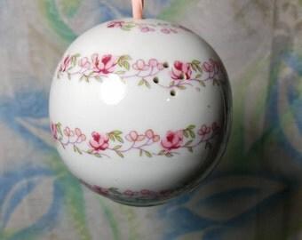Andre Richard Porcelain Aroma Diffuser Potpourri Holder made in Japan