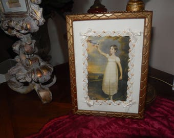 frame vintage patina with fabric painting romantic lace bows
