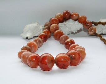 African handicraft, carnelian stones, carnelian beads, old beads, antique beads, Ghana, West Africa, strand 64 cm