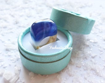 Blue resin ring Holiday gift Beauty gift ring for women Wooden ring Gift for wife Wood and resin ring Nature ring Christmas gifts Gift ring