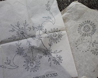 Vintage Embroidery Transfers/ Flower Transfers/ Craft Supplies & Tools/ Sewing Transfers/ Haberdashery/Set A (006U)