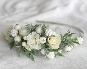 Winter Wedding Crown, White Bridal Hairpiece, Greenery Wedding Floral Crown, Bridal Flower Crown, Elegant Headpiece for Bride